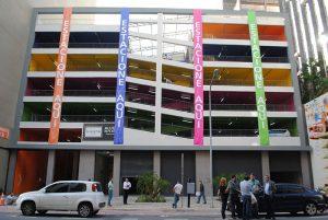 Como melhorar os espaços dos estacionamentos por meio da arquitetura